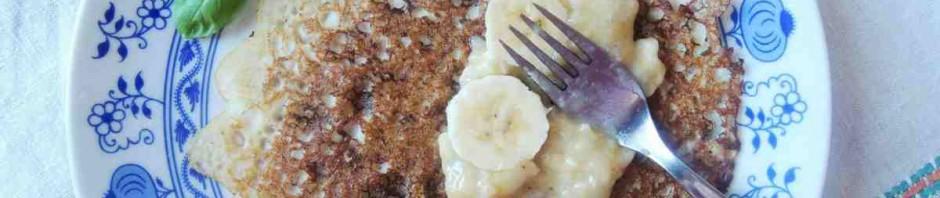 Pohankové palačinky s banánovou náplní
