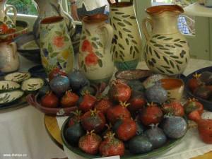 granátové jablko jako keramika