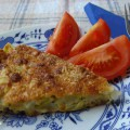 Slaný cuketový koláč - porce na talířku