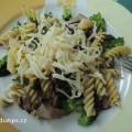 dietní pokrm na talíři