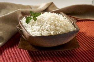 Rýže basmati v misce
