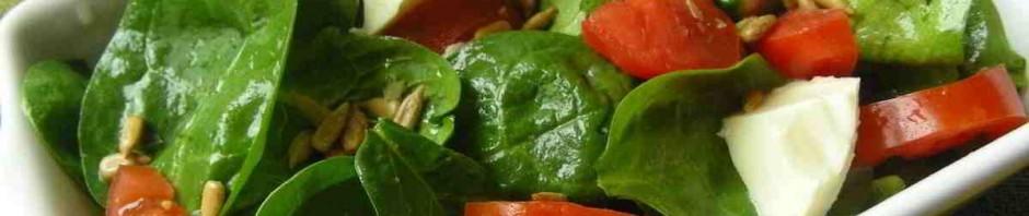 Zdravý barevně lákající salát