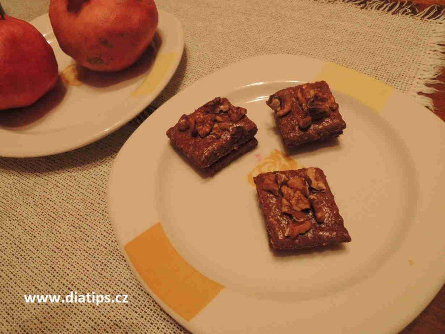 sušenky obsahují také zdravou celozrnnou mouku z pšenice