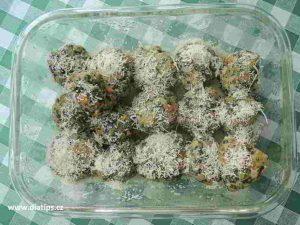 uvařené špenátové knedlíky