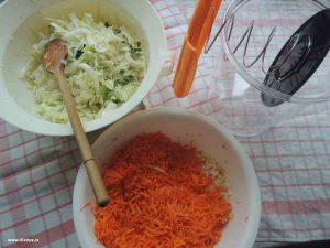 zelenina v míse připravená na kvašení